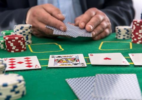 Pokerio Outs, Odds Ir Pot Odds
