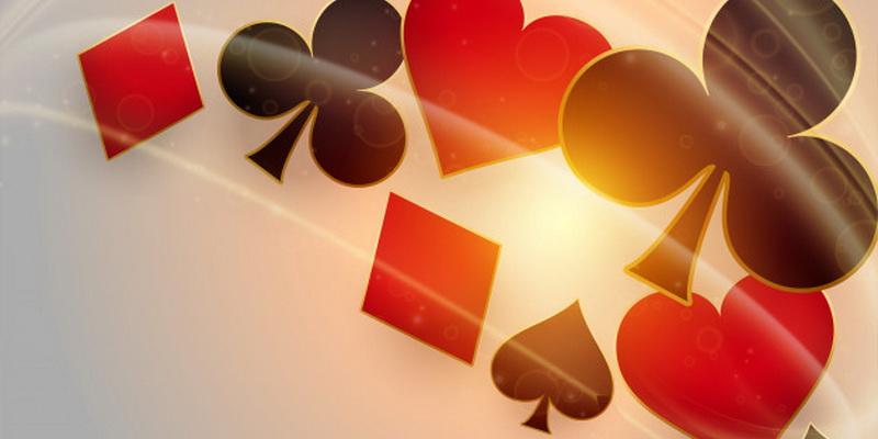 Pokerio kortų reikšmės ir stiprumas - vynai, kryžiai, širdys ir būgnai