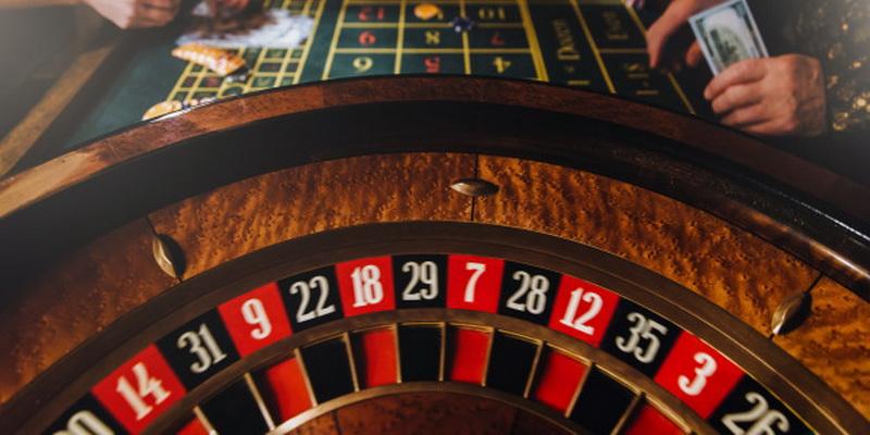 Azartiniai kazino (casino) žaidimai online internete iš pinigų