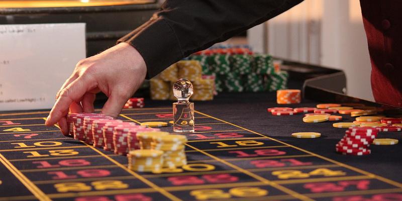 Ruletės lošimo stalas - lošimų namai kazino online internetu Lietuvoje